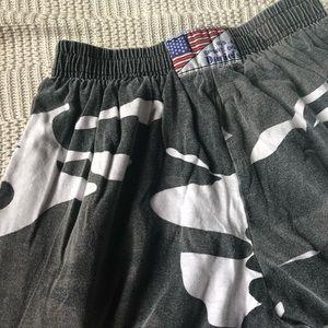 Pants - Camo sweats with stretchy waist band